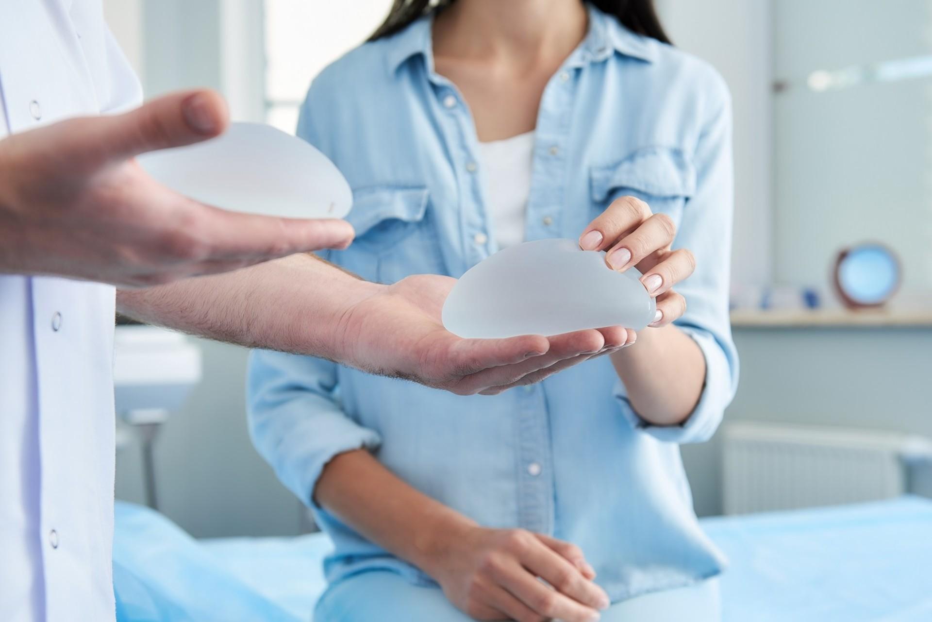 Haltbarkeit von Brustimplantaten