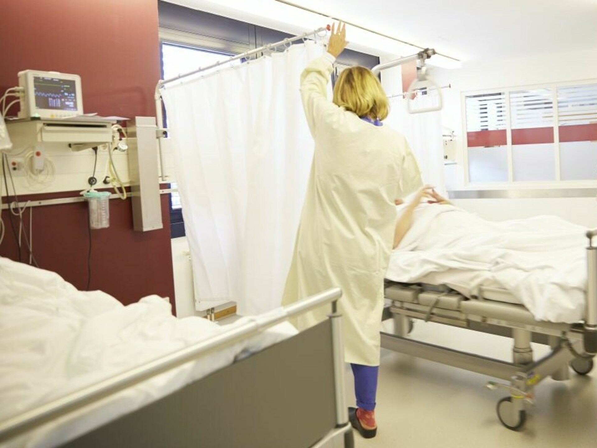 Patientenzimmer KLINIK AM RING: Aufwachraum